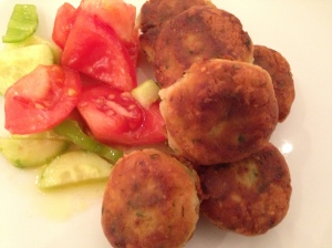 Patatokeftédes and a little salad